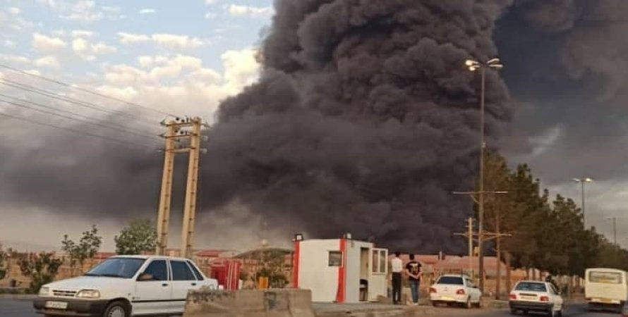 Иран, Нефтехимический завод, Взрыв, Пожарные, Пожар