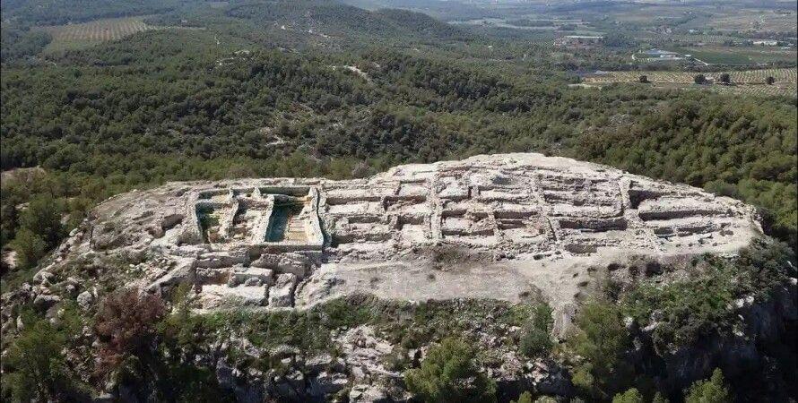Мурсія, Піренеї, поховання