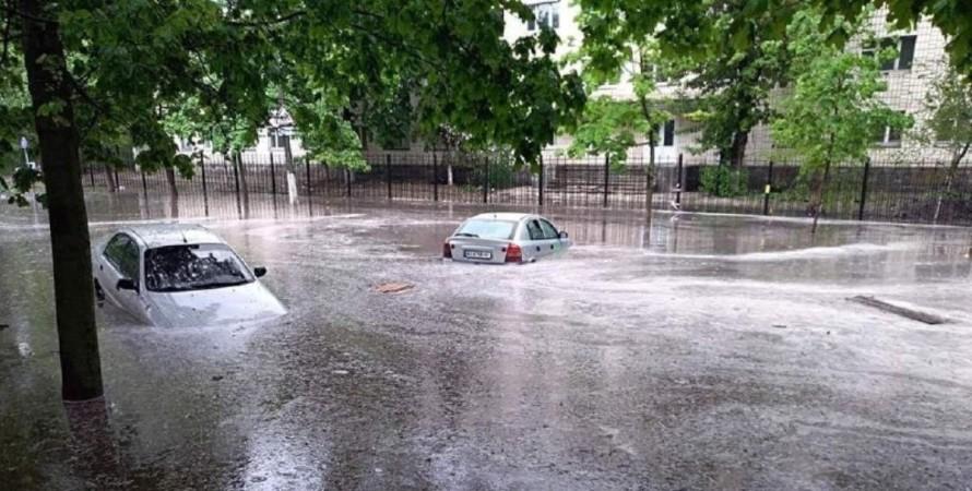 дощ, потоки води, машини, київ, фото
