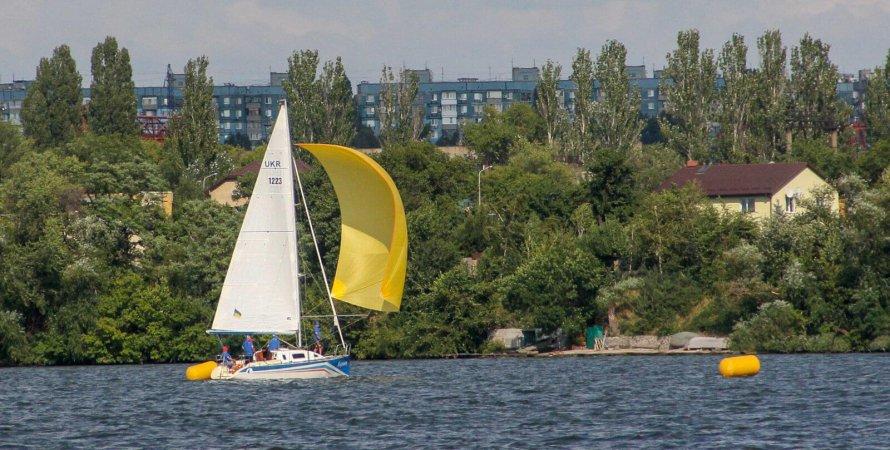 Горишни плавни, яхтинг в Украине, регата