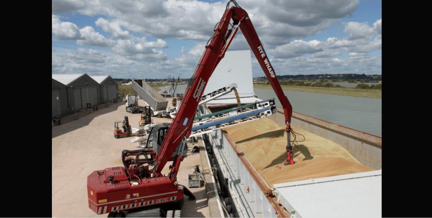 зерно, экспорт, баржа, река, фото
