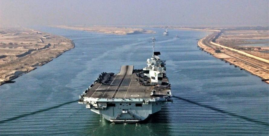 Авианосец, Queen Elizabeth, Суэцкий канал, фото