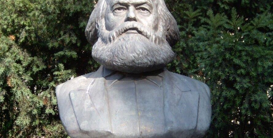 Бюст Карла Маркса в Берлине / commons.wikimedia.org