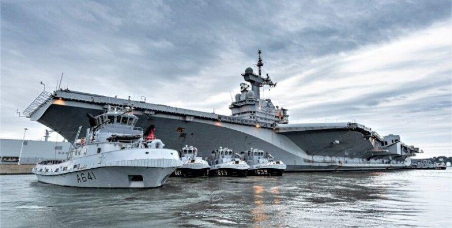 """Корабль-флагман ВМС Франции авианосец """"Шарль де Голль""""/Фото: Naval news"""