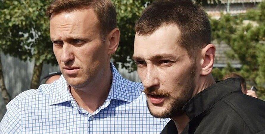 олег навальний, алексей навальний, обшуки у навального, фонд боротьби