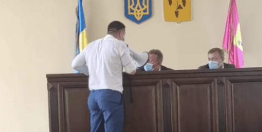 Денис Штейман, Валерий Марченко, скандал, изюмский горсовет, харьковская область