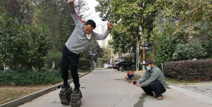 железная обувь, Чжан Эньшунь, Китай, фото, тренировка ног