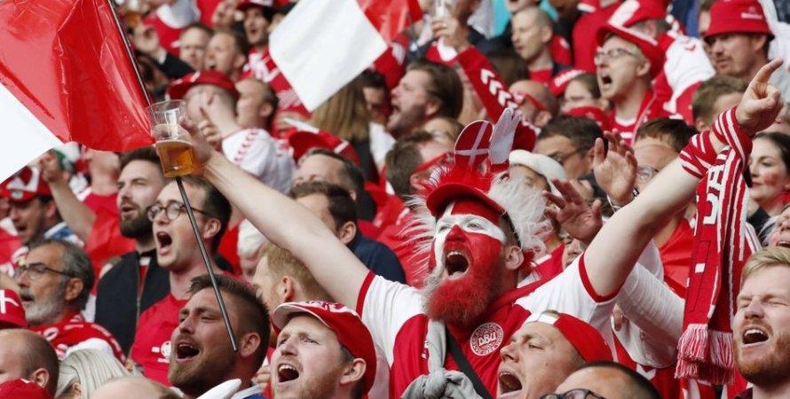 Фанаты сборной Дании