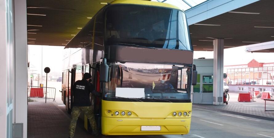 польша, автобус, украинцы, covid-19, граница, пограничники