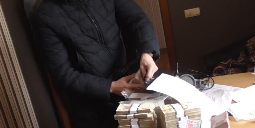 Поліція, гроші