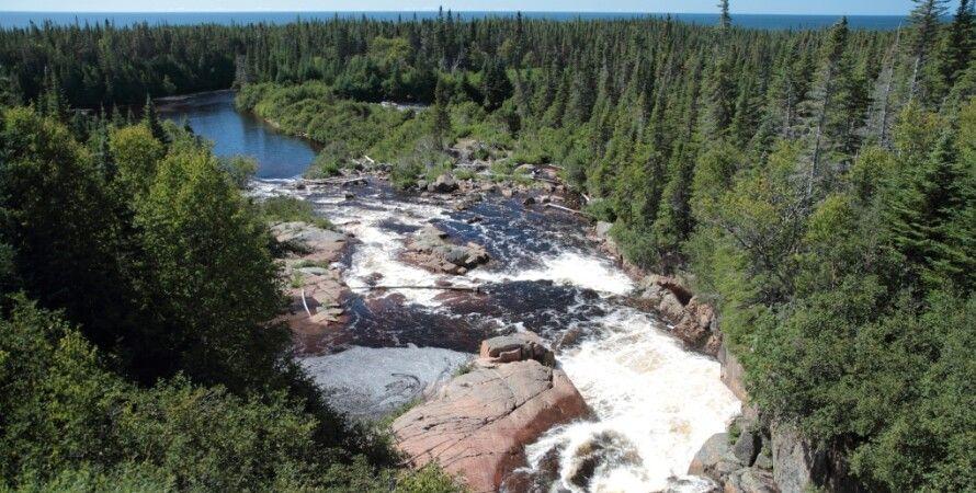 В канаде запрещают строить ГЭС на реке,