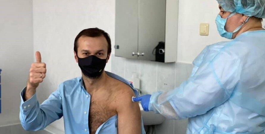 Сергій Лещенко, вакцинація, вакцина, COVID-19