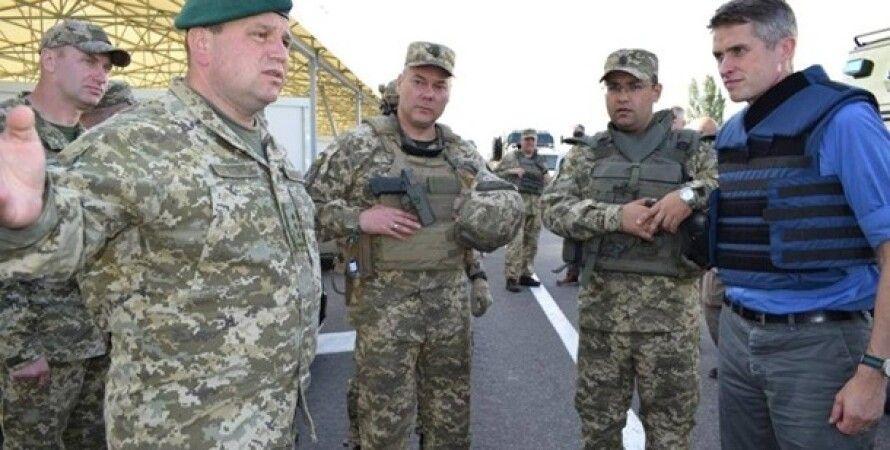 Гэвин Уильямсон, Сергей Наев и др. военные/Фото: facebook.com/pressjfo.news