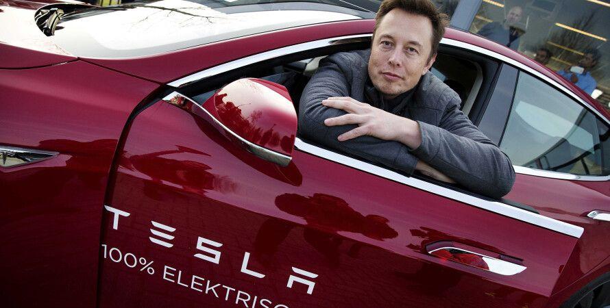 Tesla, Илон Маск