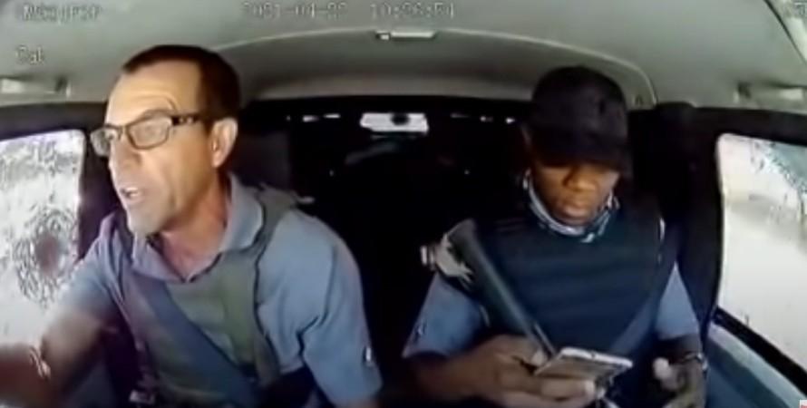 ЮАР, водитель, грабители, нападение, отпор, хладнокровие, отвага,