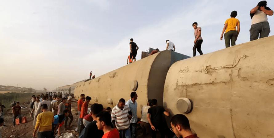 авария поезда в египте, происшествие в египте