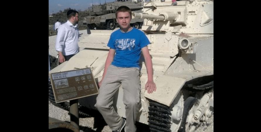 20-летний солдат срочной службы
