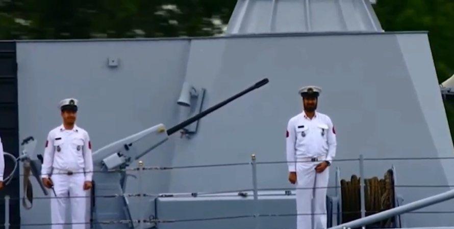 Володимир Путін, президент РФ Володимир Путін, Володимир Путін на параді ВМФ