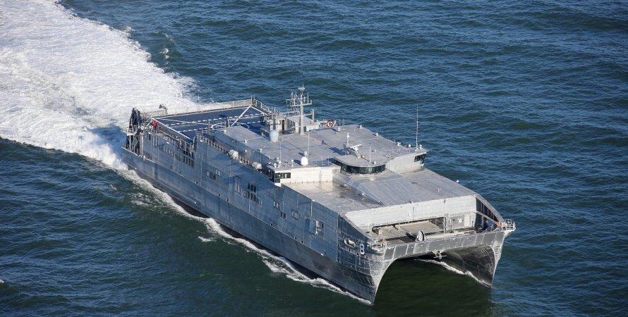 американский корабль в нато