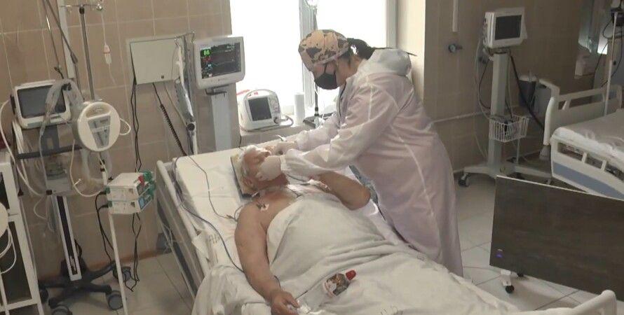 Пациент с коронавирусом, врач, больница, госпиталь, госпитализации, covid-19