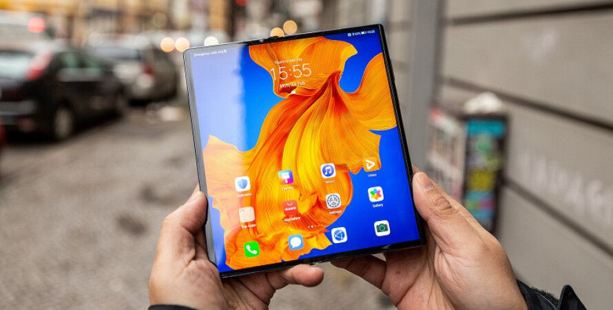 гнеться смартфон Huawei