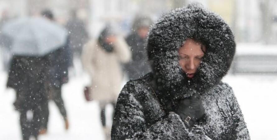 погода в украине, февраль, женщина, улица, снег