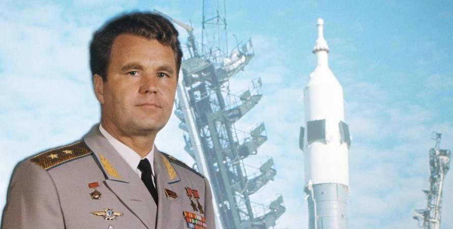 владимир шаталов, космонавт
