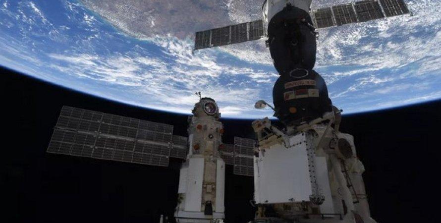 """Російський модуль """"Наука"""" стикується з МКС-29 липня 2021 року."""
