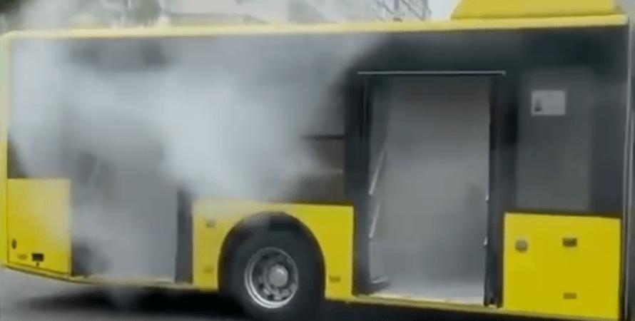 возгорание троллейбуса в киеве