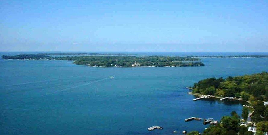 озеро Ері, Канада