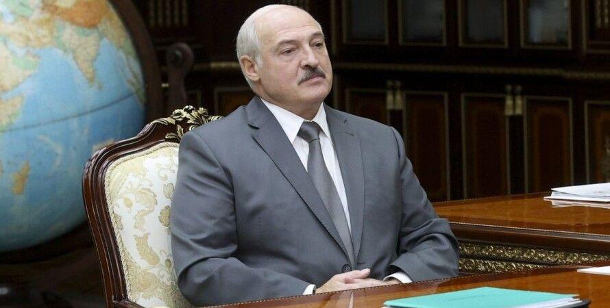 Білорусь, Олександр Лукашенко, Конституція, зміни,