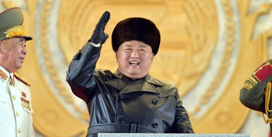Ким Чен Ын, военный парад, новое оружие, баллистические ракеты