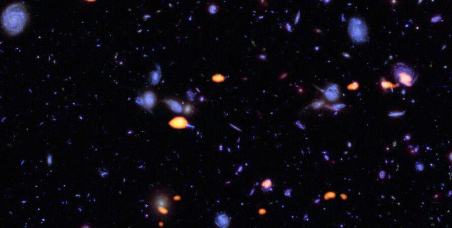 Россыпь галактик / Фото: NASA/ESA Hubble