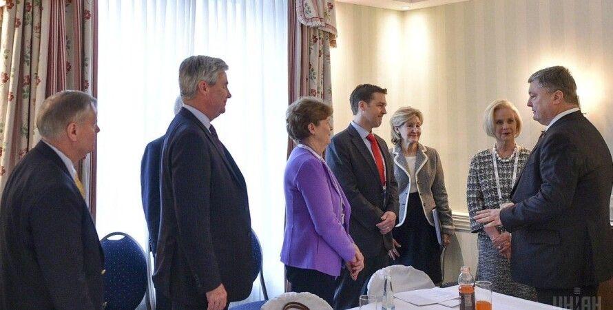 Петр Порошенко встречается с конгрессменами США