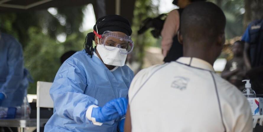 Гвінея, ебола, привик, вакцина, африка, віз, вакцинація
