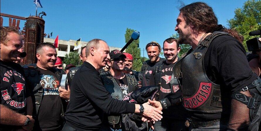 """Владимир Путин, """"Ночные волки"""" / Фото: aquatek-filips.livejournal.com"""