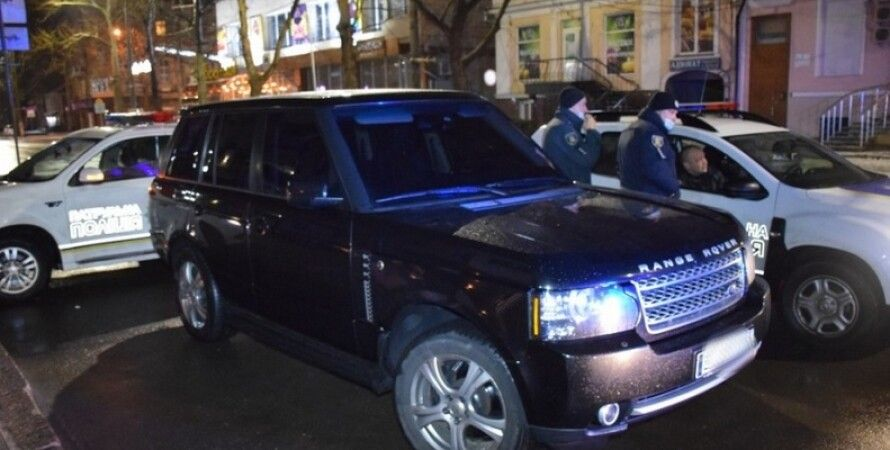 """П'яний чиновник Миколаївської ОДА влаштував """"перегони"""" з поліцією (фото)"""