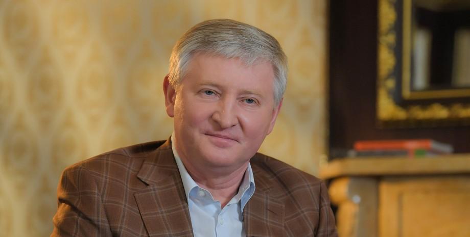 Офшорна фірма Ахметова отримала кредит на покупку бізнес-джета Falcon