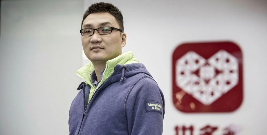 Китайский бизнесмен Колин Хуанг потерял $27 млрд своего состояния