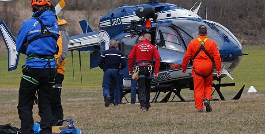 Операция по поиску разбившегося A320 / Фото: Reuters