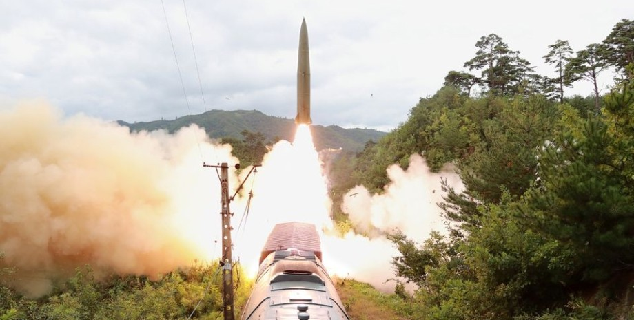 запуск ракет с поезда