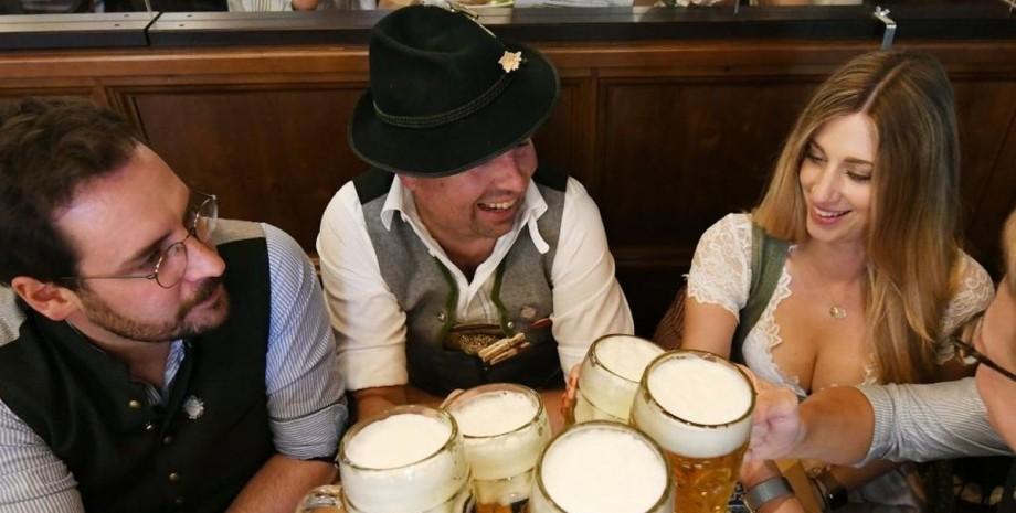Wirtshauswiesn, фестиваль, пиво,