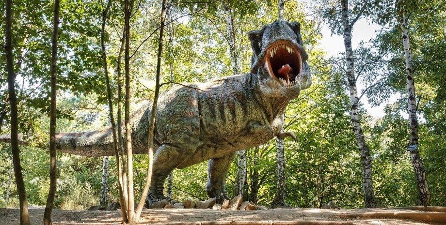 тираннозавр рекс, скульптура, дерева, фото