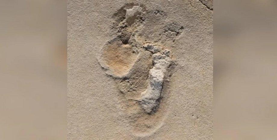 Відбиток ноги, слід, слід на піску, стародавня людина