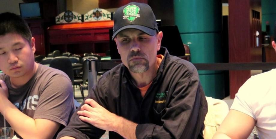 Скотт Роббинс в казино