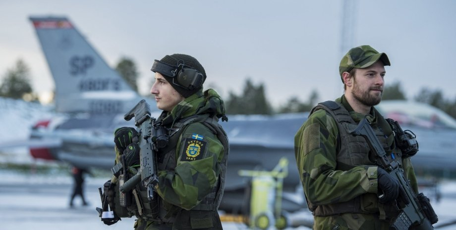 шведские военные