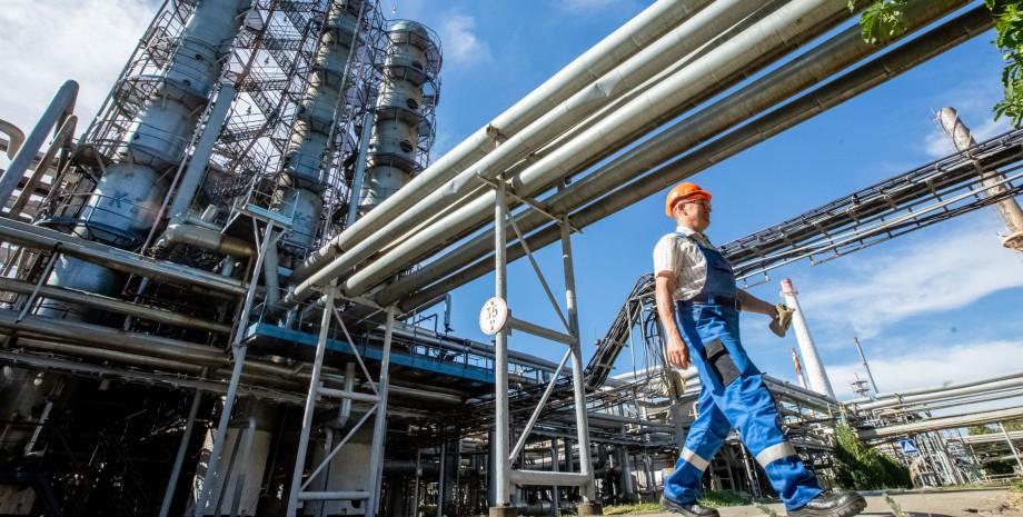 Нефть может подорожать до $100 за баррель