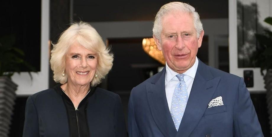 принц Чарльз з дружиною