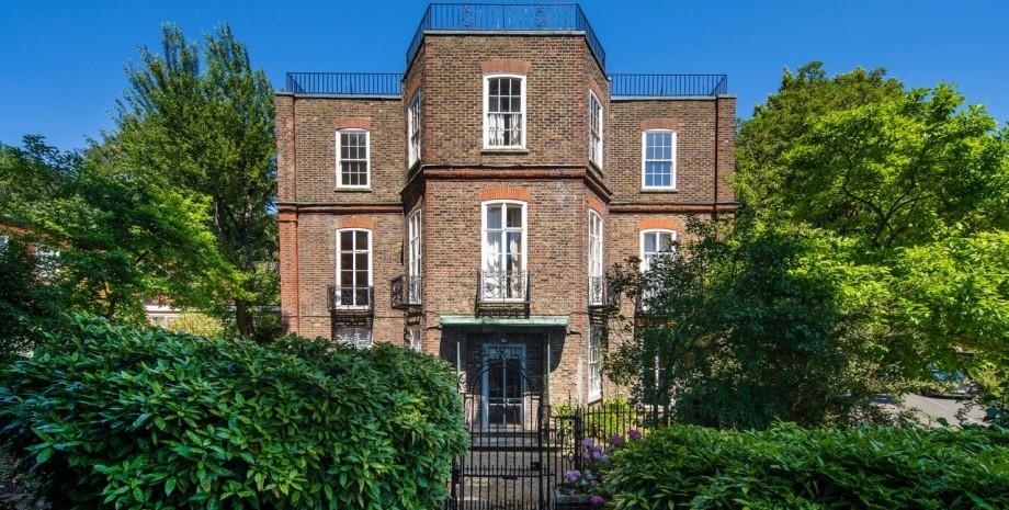 На аукцион выставили дом Frognal House Шарля де Голля