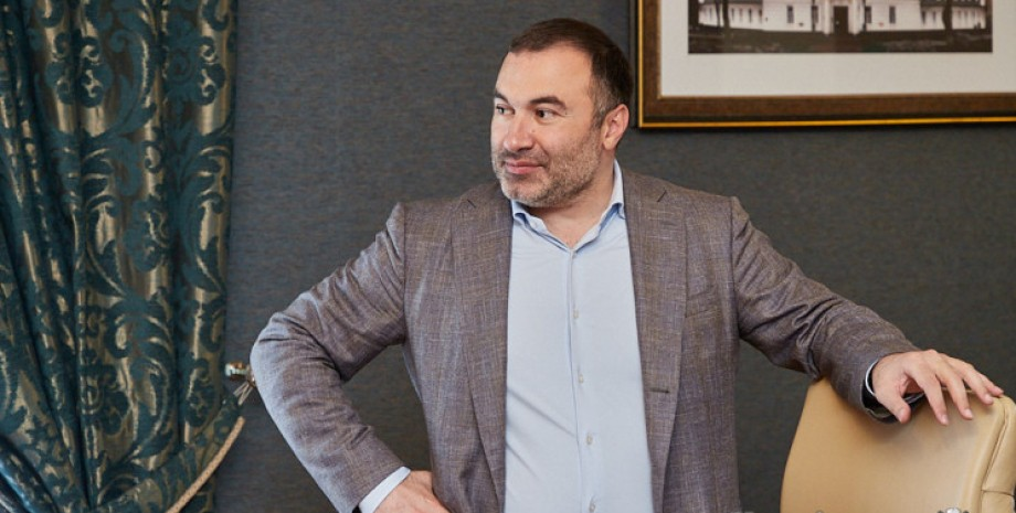 Артур Товмасян, харьковский облсовет, председатель